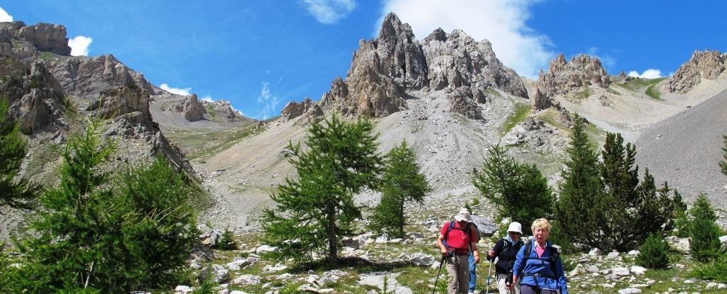 une randonnée pédestre spectaculaire, redescente sur Arvieux